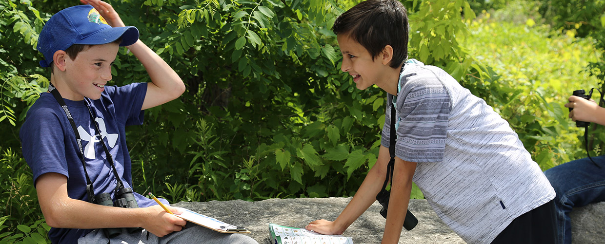 children take part in outdoor education program at Tommy Thompson Park